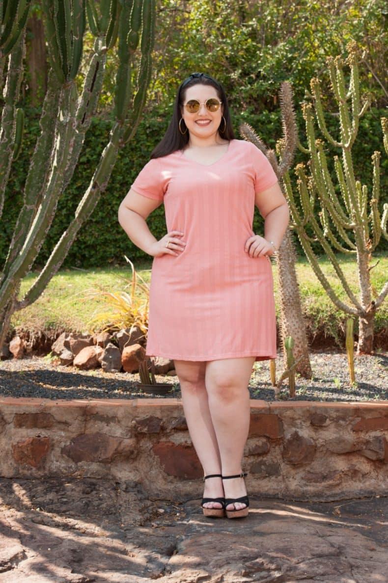 Vestido rosê frente, com recorte nas costas