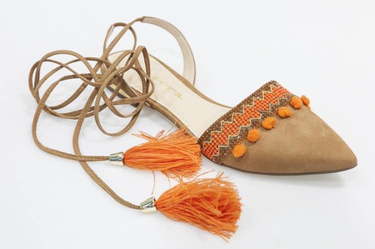Balerina-detalhes-laranja-Tabita-Pre--o-Sugerido-R-280.50-Cr--dito-COMODO_Ag.Riguardare-752x499