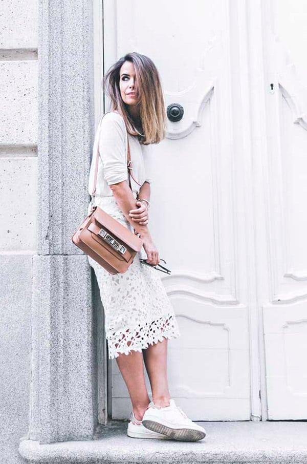 street-style-look-saiamidi-renda-branca-blusa-branca-tenis